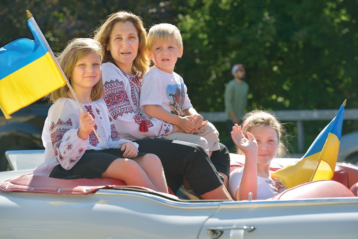 Chrystia Freeland, candidate for the Canadian Parliament, with her children during the parade of the Toronto Ukrainian Festival on September 13.