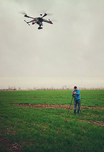 Agrieye drone surveying a farm field in Ukraine.