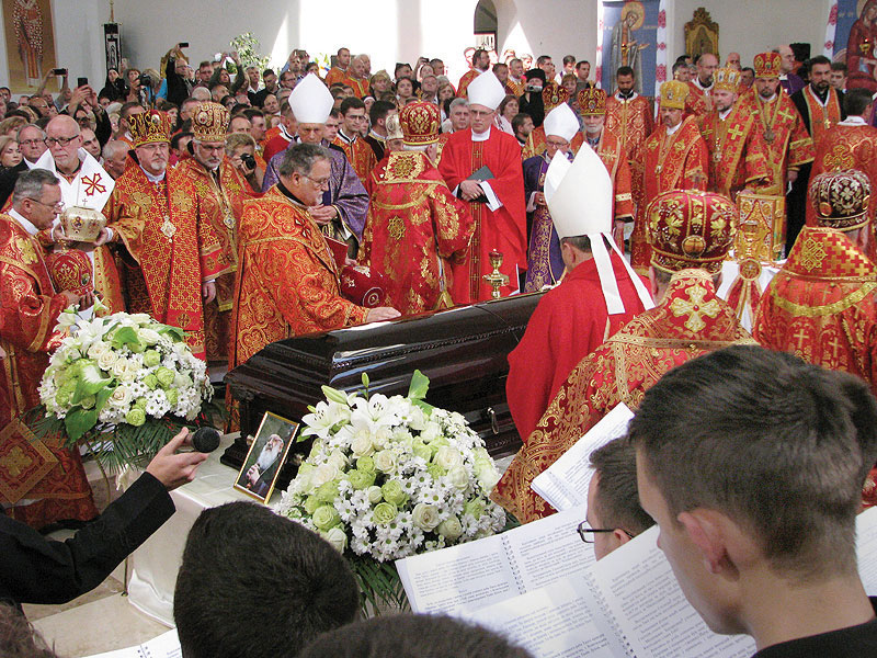 Inside Kyiv's Patriarchal Cathedral of the Resurrection of Christ, hierarchs pay their last respects to Cardinal Lubomyr Husar.