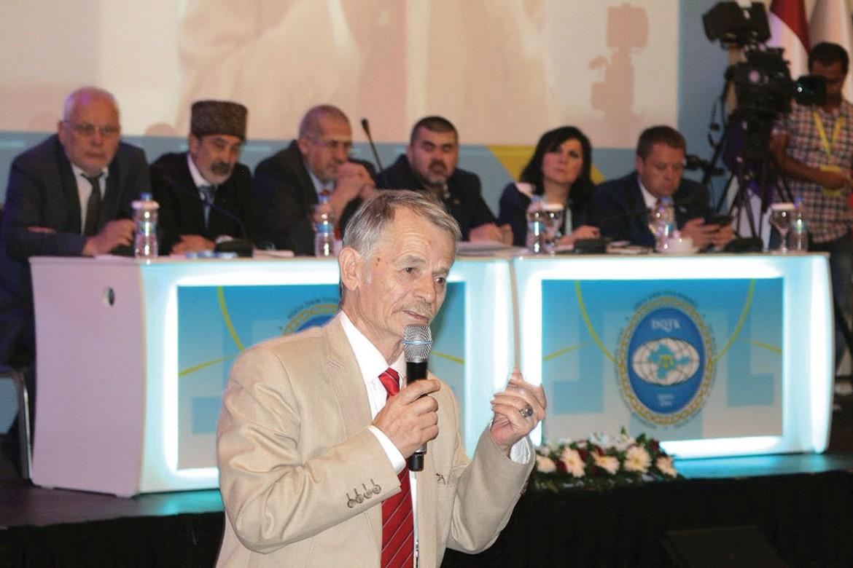 Veteran leader of the Crimean Tatars Mustafa Dzhemilev speaks during a congress session.