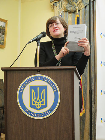 """Liudmyla Hrynevych delivers her presentation and discusses the latest volume of her Ukrainian-language book, """"Chronicle of Collectivization and the Holodomor in Ukraine, 1927-1933."""""""