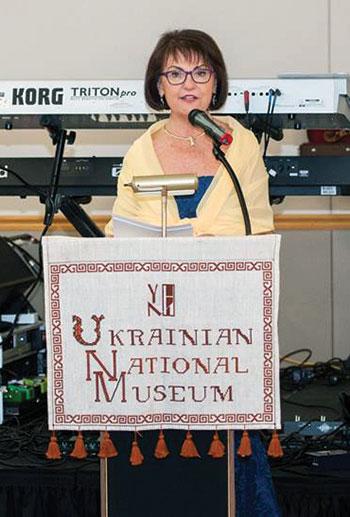 Lydia Tkaczuk, president of the Ukrainian National Museum, addresses the anniversary gala.